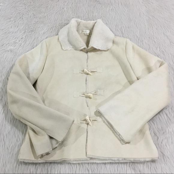 White House Black Market Jackets & Blazers - WHBM cream faux fur jacket